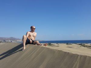 Alex in der Wüste von Meloneras