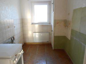 Renovierungsbedürftiges Küche ETW10